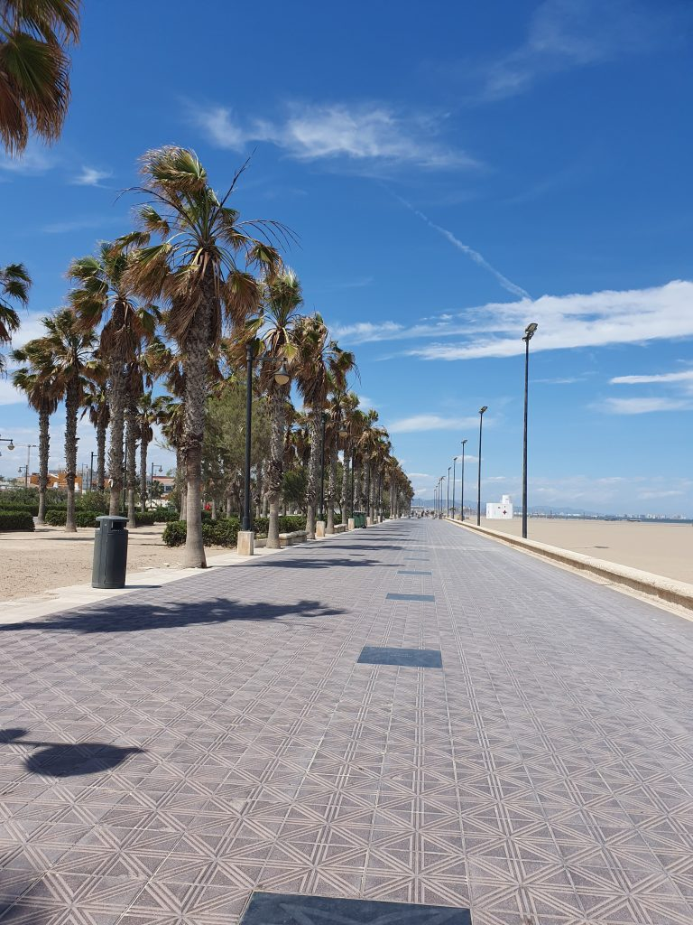 Playa de la Malvarossa promenade